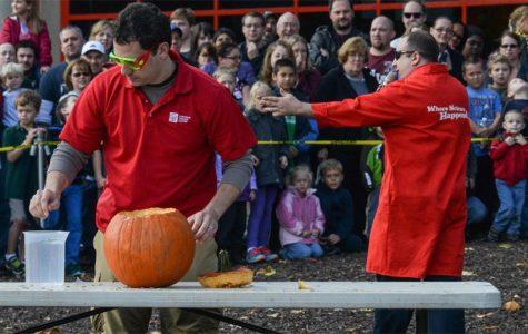 Presenter entertaining visitors at Pumpkin Smash