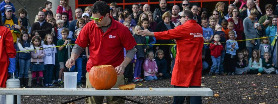 Presenter entertaining visitors at Pumpkin Smash